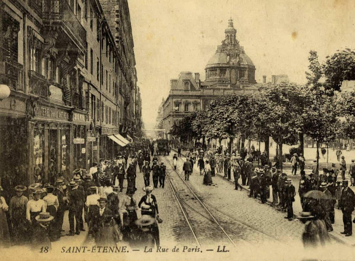 2 FI ICONO 1546, rue de Paris, 1900