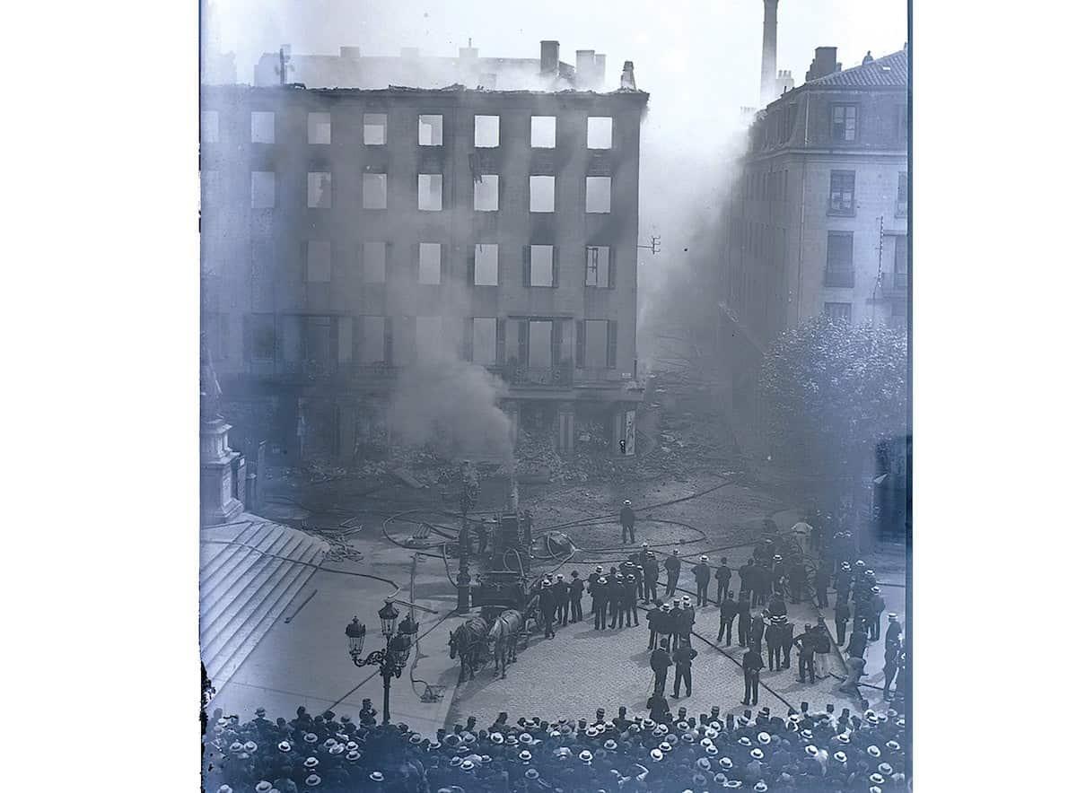 17 FI 25, incendie d'un immeuble rue Gérentet 1905