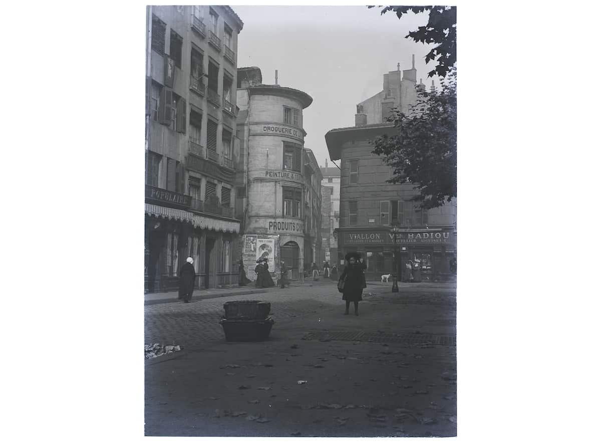 17 FI 83, place du Peuple, vers 1900